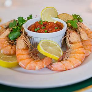 Spicy Boiled Gulf Shrimp with Cocktail Sauce